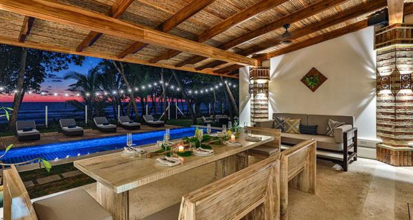 Casa Teresa Luxury Villa dining room pool view