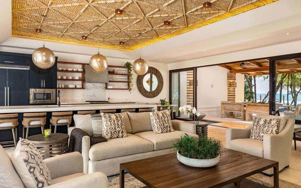 Casa Teresa living room and pool