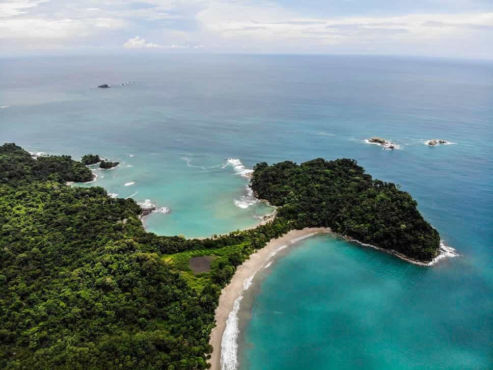 We love this iconic picture of Costa Rica beaches. A tiny spit of land separates the turquoise waters into two of the best beaches in the entire world. This area of Costa Rica is simply paradise.