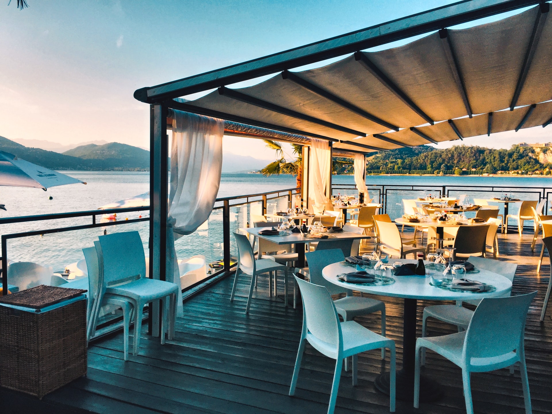 fine dining experience at outdoor restaurant